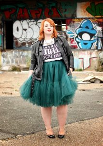 http://www.big-or-not-to-big.com/article-french-curves-rock-n-tutu-124483990.html