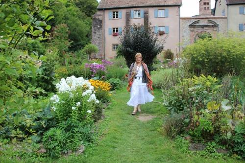 http://artemisia-ou-la-vagabonde.blog4ever.com/french-challenge-tutu