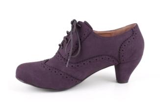 http://www.andypola.es/fr/zapatos-domicilio-a/AM543ANTEMORADO/ficha/Chaussures-en-Simili-Daim-Mauve-Style-Oxford..html