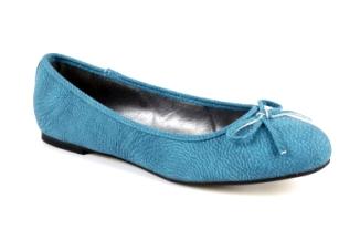 http://www.andypola.es/fr/zapatos-domicilio-a/TG104PULLAZULON/ficha/Ballerines-Classiques-Pull-Bleu-avec-noeud..html