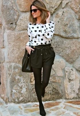 http://lookbook.nu/look/4471309-Zara-Blouse-Belt-Short-Prada-Bag-Pilar-Burgos